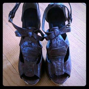 Super cute brown heels
